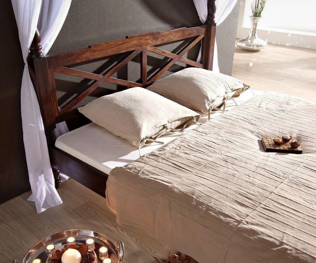doppelbett bombay sheesham 180x200 kolonialstil himmelbett. Black Bedroom Furniture Sets. Home Design Ideas